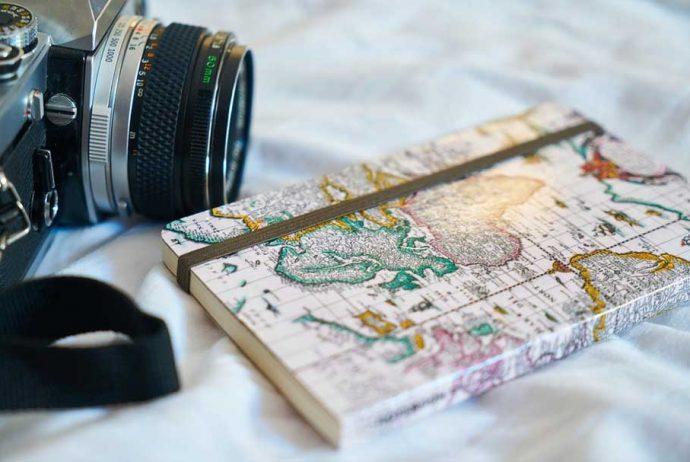Die-ultimative-Anleitung,-einen-Urlaub-mit-Reisebüchern-zu-planen